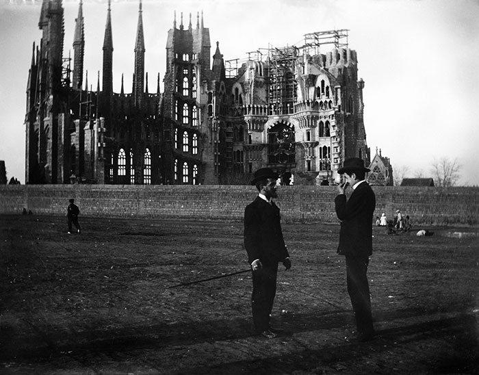 Храм Святого Семейства (Саграда Фамилия) 1905 год