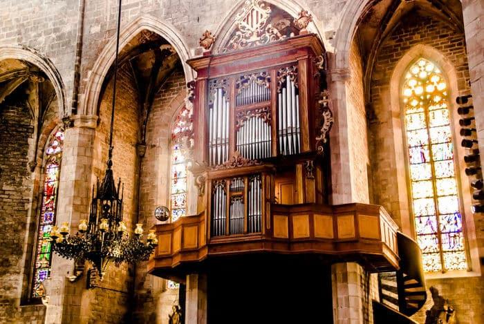 Интерьер Кафедрального собора: орган