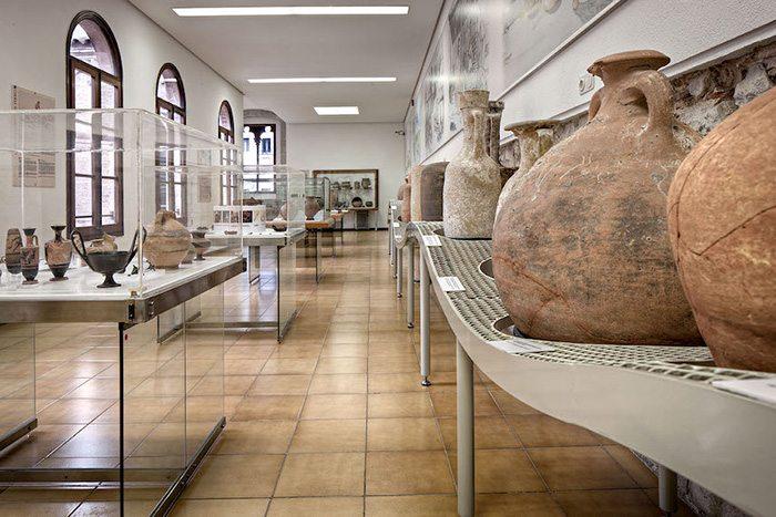 Археологический музей Каталонии - Музеи Жироны