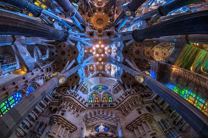 Строительство Sagrada Familia после смерти Антонио Гауди