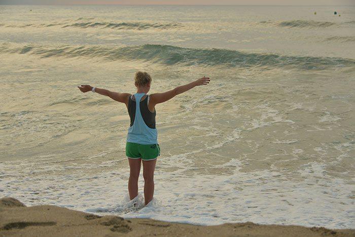 Раннее утро на пляже: Барселона глазами Ирины Мутыло