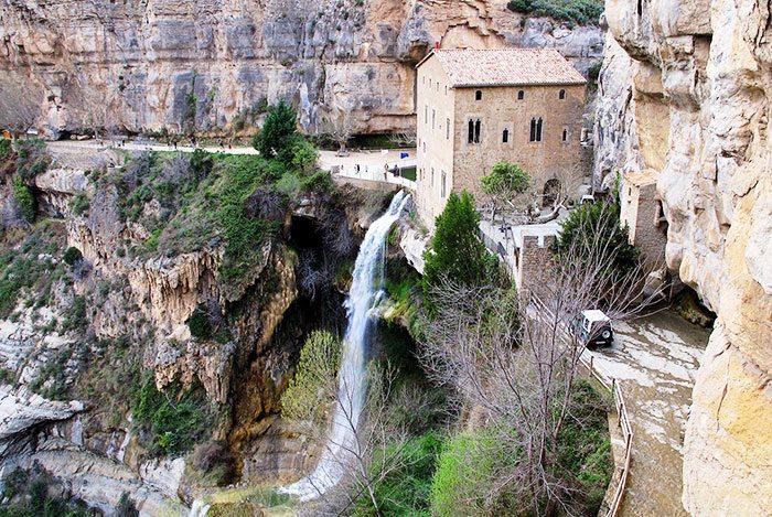 Монастырь Сан-Мигель дель Фай