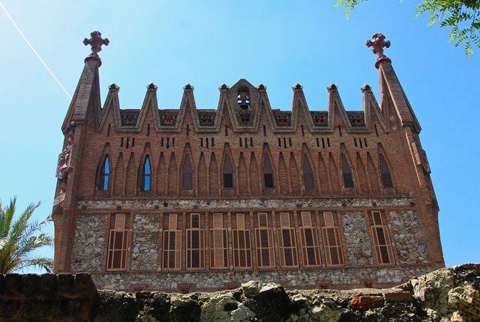 Барселона Гауди, Колледж ордена Святой Терезы