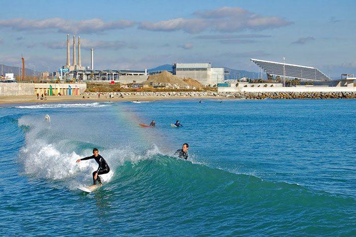 Серфинг в Барселоне: где