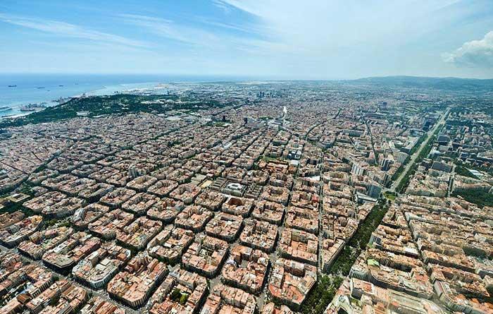 Барселона с высоты птичьего полета: район Эйшампле