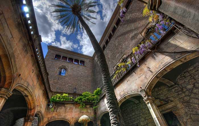 Дом Архидьякона в Барселоне