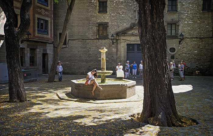 Чем примечательна Площадь Святого Филиппа Нери