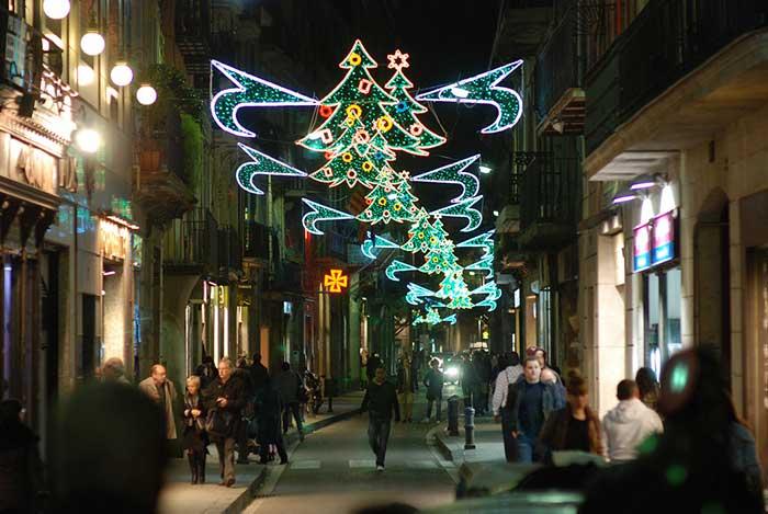 Новогодние улицы в Барселоне