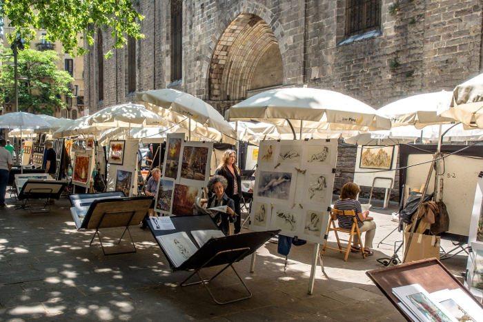 Уличные художники в Барселоне