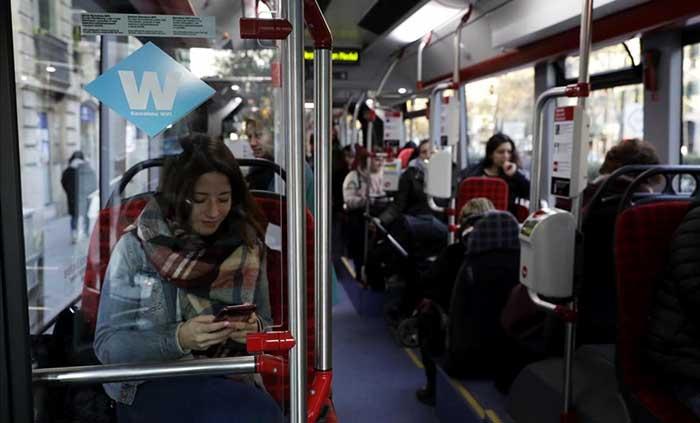 Бесплатный Wi-Fi в автобусах и метро Барселоны с 2017 года