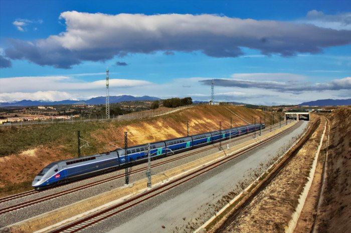 скоростной поезд Париж-Барселона