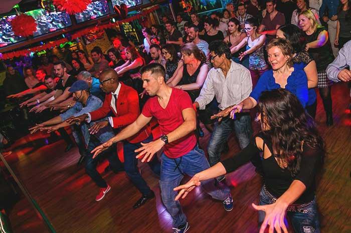 Чем заняться в Барселоне: танцевальные школы