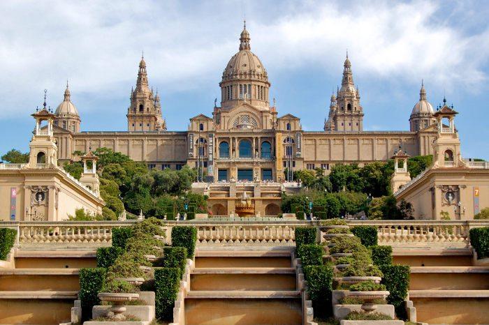 Дворцы Барселоны
