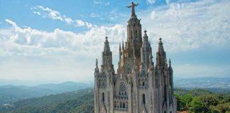 Самые красивые храмы Барселоны