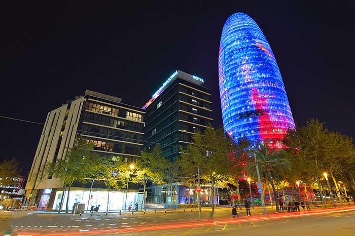 Интересные места Барселоны: Башня Агбар