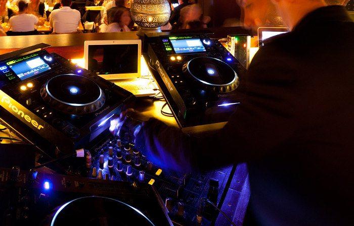 Вечеринки в ночных клубах