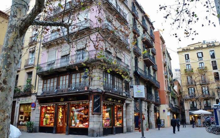 Площадь Sant Josep Oriol