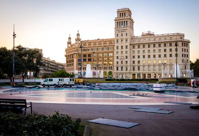Центральная площадь Барселоны