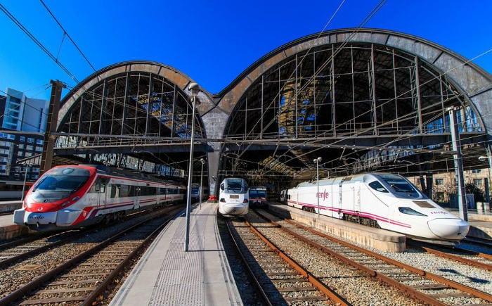 Поезд из Барселоны в Валенсию