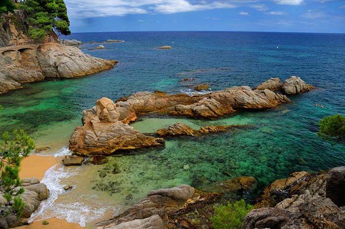 Лучшие пляжи Каталонии