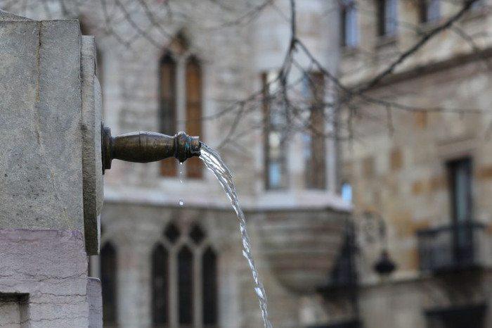 Вода в Барселоне