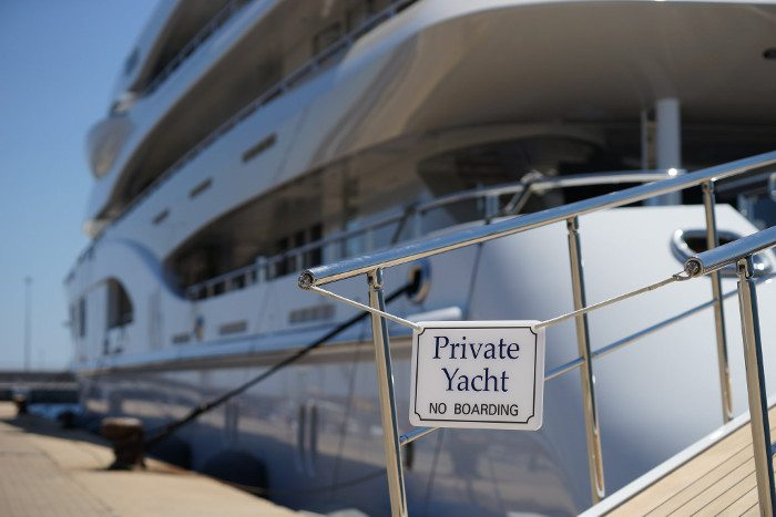 Паламос: аренда яхт и катеров