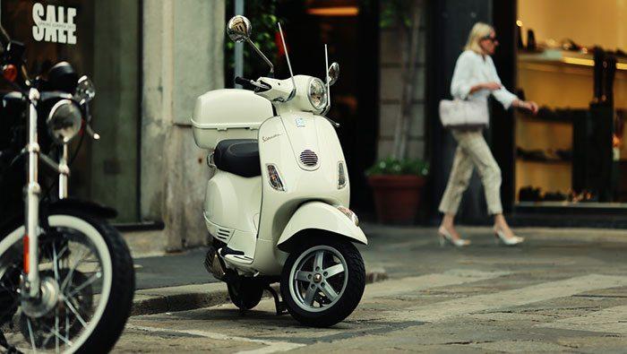 Скутеры в Барселоне - пожалуй, самый используемый транспорт