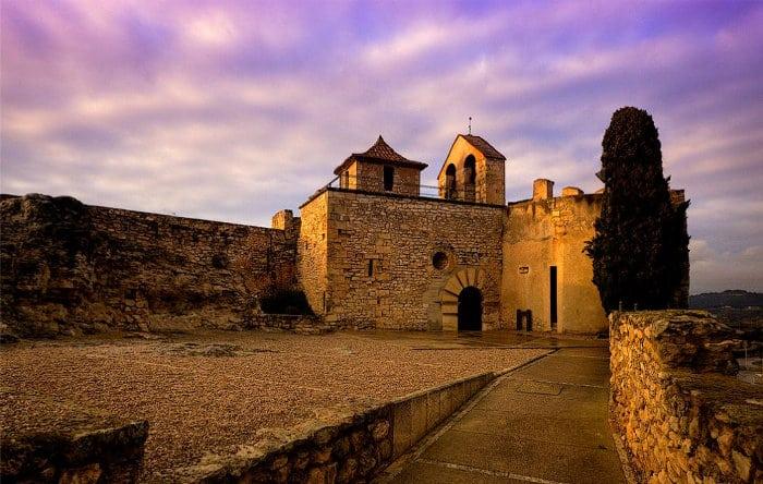 Замок Санта-Креу-де-КалафельЗамок Санта-Креу-де-Калафель