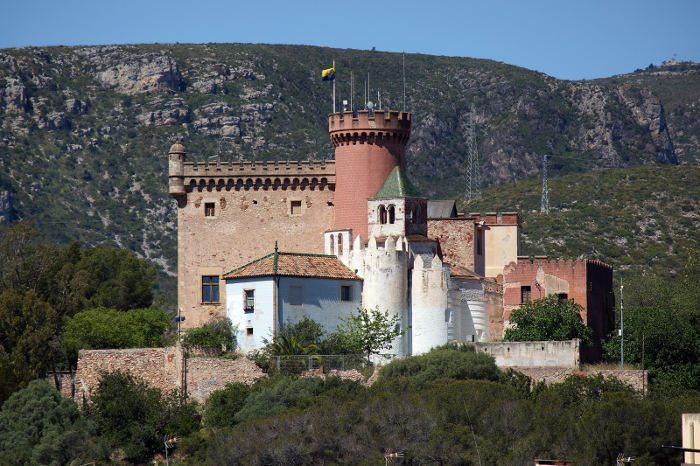 Замок Кастельдефельс