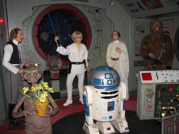 В музее восковых фигур в Барселоне