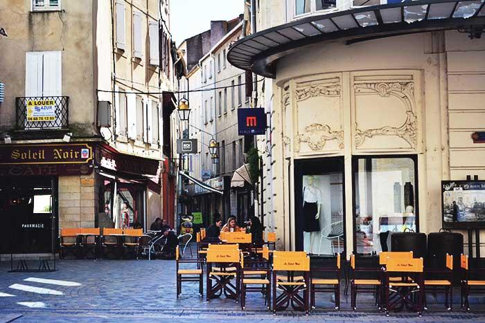 Нарбонна: французский городок близ Барселоны