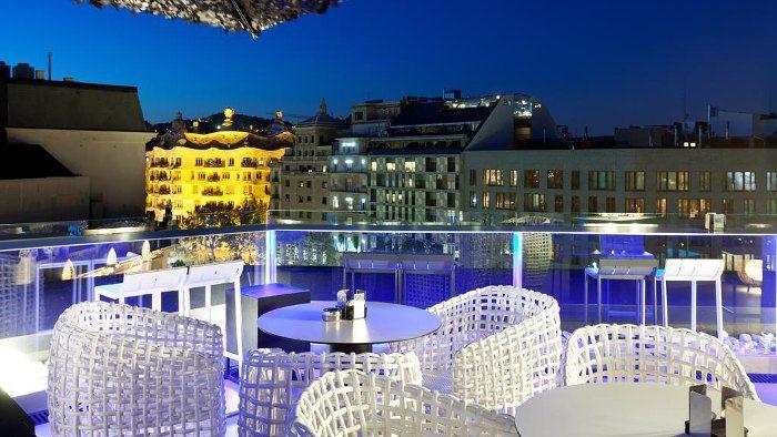 Отличный отель Condes в центре Барселоны