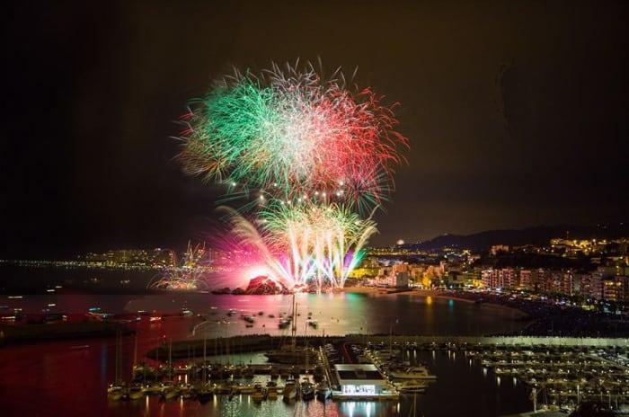 Международный фестиваль фейерверков Коста-Бравы