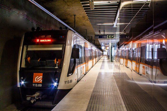 Свободные проезд на городской электричке FGC