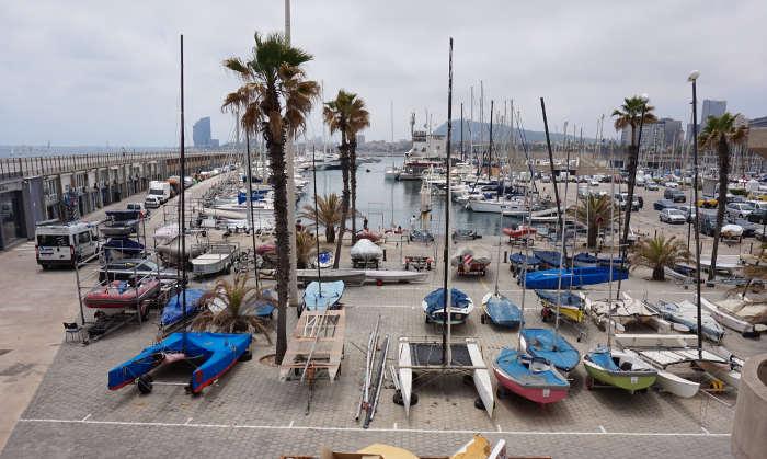 Развлечения в море Барселоны
