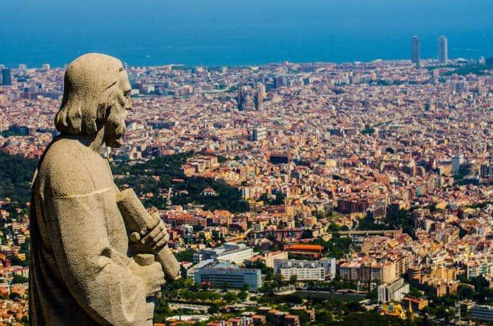 Барселона – самый большой город на Средиземноморском побережье