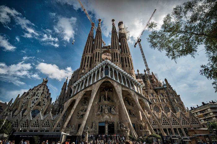Факты о Барселоне: Саграда Фамилия