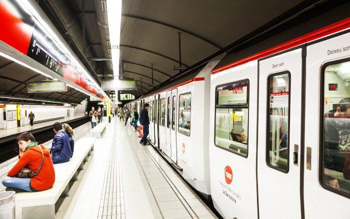 Самый долгий вариант — метро в аэропорту Барселоны