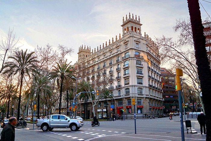 Проспект Диагональ – одна-из основных улиц Барселоны