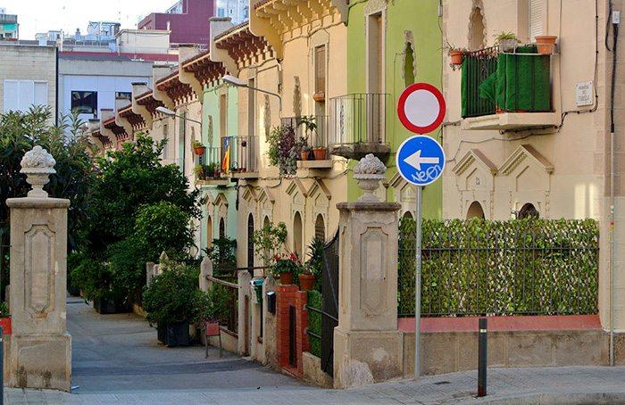 Самая английская улица Барселоны