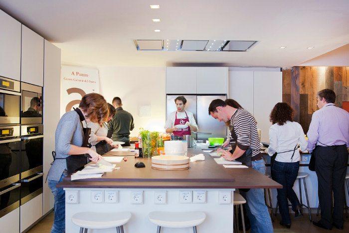 Кулинарные курсы: где научиться готовить испанские блюда