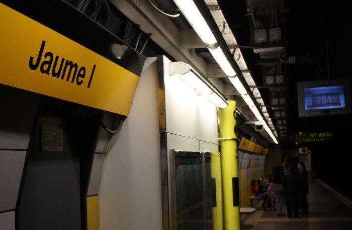 Станция метро «Jaume I»