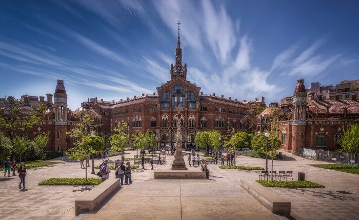 ТОП 10: лучшие здания Барселоны в стиле модерн