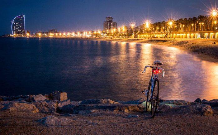 Пляжный сезон в Барселоне завершается 15 октября