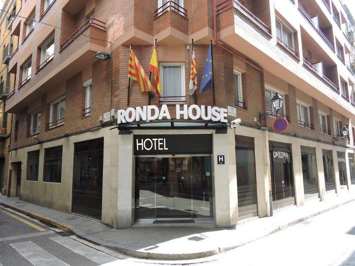 Отели Барселоны до 100 евро: Отель Ronda House в Барселоне