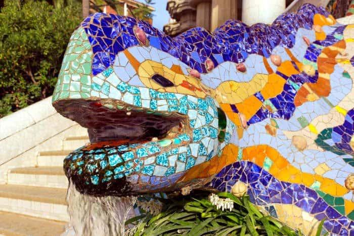 Как появилась мозаика Антонио Гауди