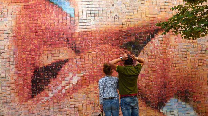 Poceluj Barselony Fotomozaika V Starom Gorode Barselona Tm