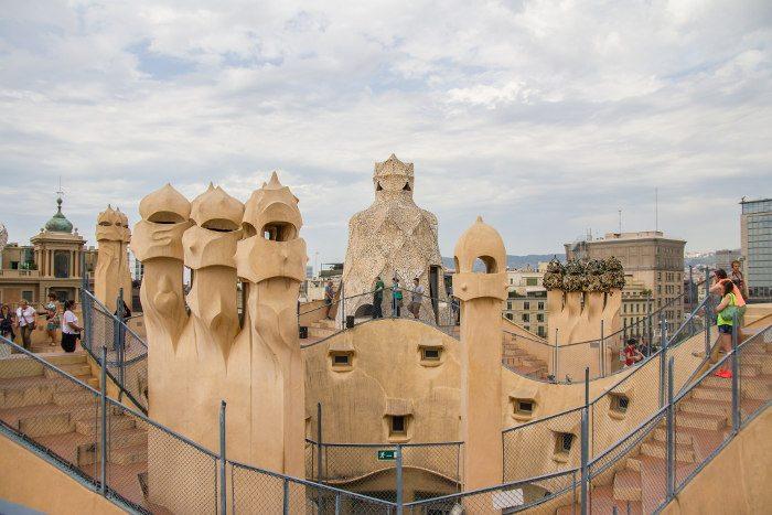 Взгляд на Барселону с высоты: Дом Мила