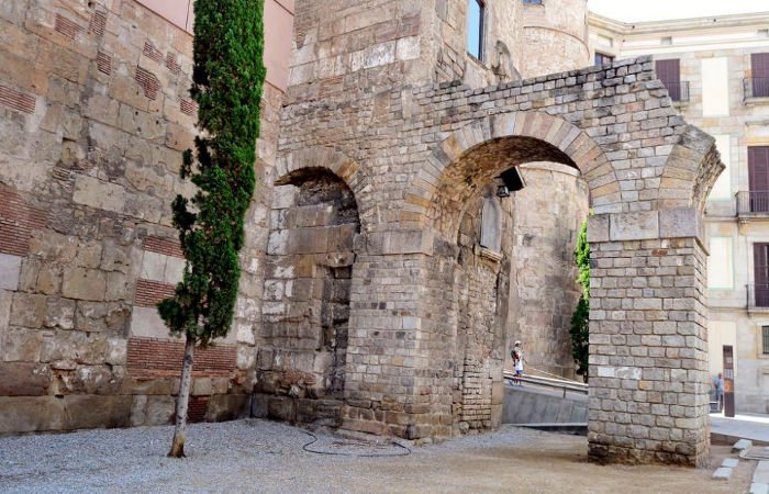 Останки акведука Барселоны