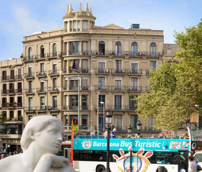 Хороший отель в центре Барселоны для экономных туристов – Hotel Medium Monegal